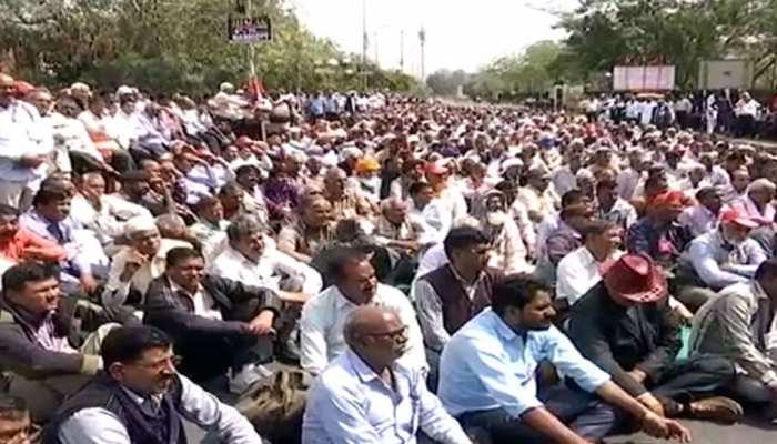 Rajasthan Roadways कर्मचारियों का विरोध प्रदर्शन, बजट से हैं नाखुश