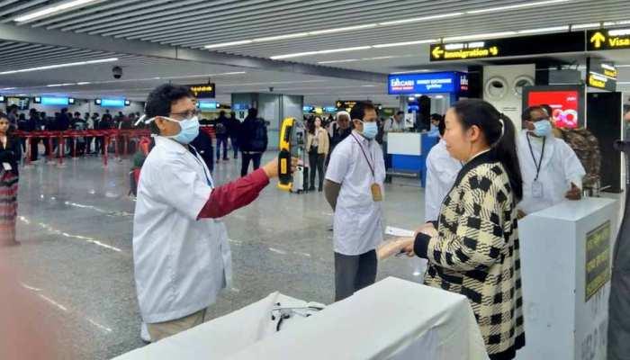 कोरोना का कहर: सरकार का फैसला, विदेश से आने वाले यात्रियों को देनी होगी ये खास जानकारी