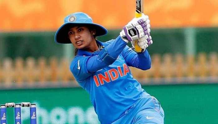 'साड़ी अवतार' में दिखीं टीम इंडिया की स्टार क्रिकेटर मिताली राज, देखें वीडियो