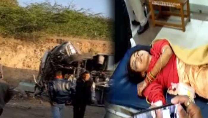 अजमेर में भीषण सड़क हादसा, पलटी तेज रफ्तार वोल्वो बस, अब तक 3 यात्रियों की मौत
