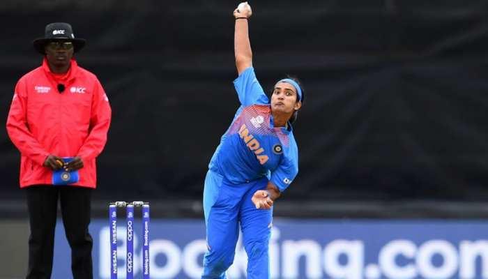 Women's T20 WC: शिखा ने बताए भारत की हार के कारण, कहा- केवल फील्डिंग वजह नहीं