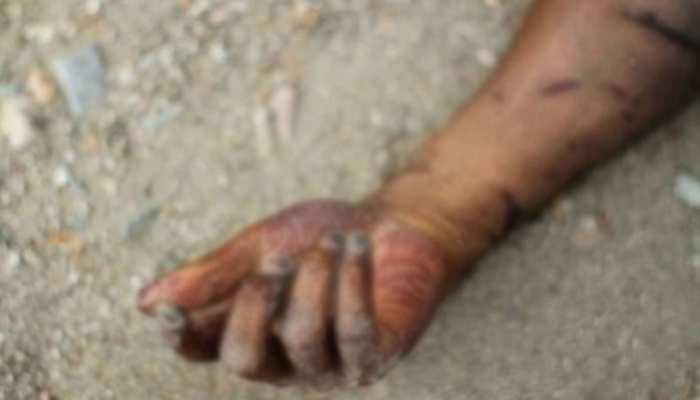 बिजनौर: इंसानी हाथ लेकर घर पहुंचा शख्स, अहलिया को देकर बोला- 'खाने में पका दो'