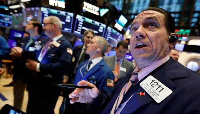 पूरी दुनिया के बाजार में मचा हुआ है हाहाकार, अमेरिका और एशिया में इतने प्रतिशत की गिरावट