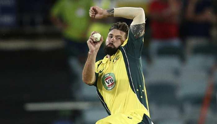 ऑस्ट्रेलिया के इस क्रिकेटर को कोरोना वायरस का शक, वनडे सीरीज से हुए बाहर