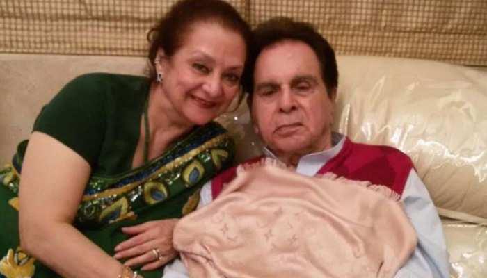 कोरोना वायरस से बचने के लिए दिलीप कुमार आइसोलेशन में, सायरा रख रही हैं पूरा ख्याल