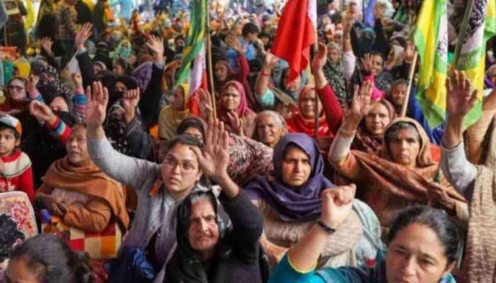 कोरोना के बावजूद शाहीन बाग में जारी है धरना, दिल्ली पुलिस प्रदर्शनकारियों को मनाने में जुटी