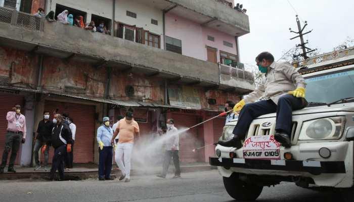 जयपुर: महेश जोशी ने उठाया चारदीवारी को सैनिटाइज करने का जिम्मा, बोले...