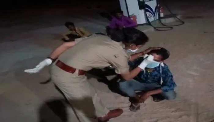 MP पुलिस का अमानवीय चेहरा: मजदूर के माथे पर लिखा- मैंने लॉकडाउन का उल्लंघन किया