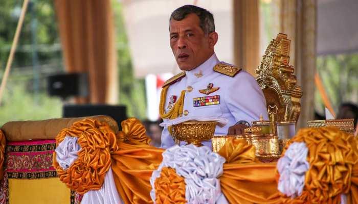 कोरोना संकट के बीच जर्मनी भागे थाईलैंड के King, 20 महिलाओं के साथ खुद को होटल में किया 'आइसोलेट'