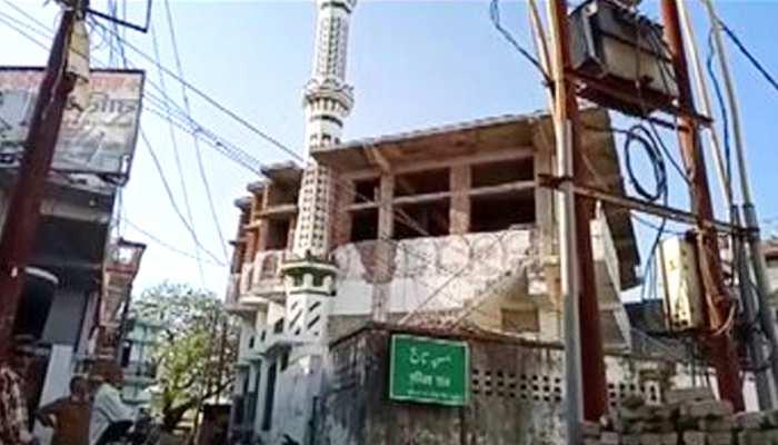 मेरठ और सहारनपुर की मस्जिदों में पुलिस ने मारा छापा, छिपे हुए थे 58 गैर मुल्की
