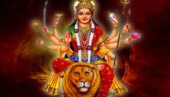 कैसे पहुंचती है मां भगवती तक हमारी पूजा? मां ने शेर को क्यों बनाया अपना वाहन