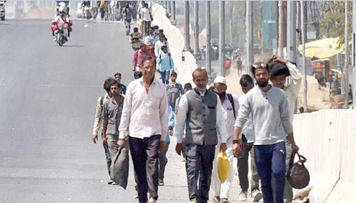 12 दिनों में दिल्ली से पैदल चलकर कटिहार पहुंचे मजदूर, फिर भी अब तक नहीं पहुंचे घर