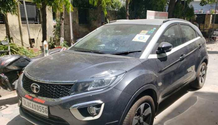 कोरोना वायरस: दिल्ली पुलिस ने Lockdown में रौब झाड़ रहे फर्जी आईएएस को गिरफ्तार किया