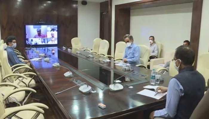 MP: सीएम ने प्रदेश में कोरोना के मद्देनजर 10 अधिकारियों का किया चयन, जिलेवार करेंगे समीक्षा