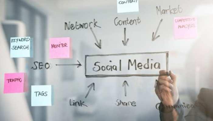 Social Media की दुनिया में बनाना चाहते हैं करियर, तो जानें कौन सी स्किल्स हैं जरूरी