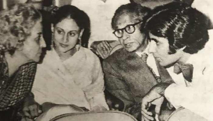 """Amitabh Bachchan को याद आई 'शोले"""" की स्क्रीनिंग, पुरानी फोटो के साथ शेयर किया ये किस्सा"""