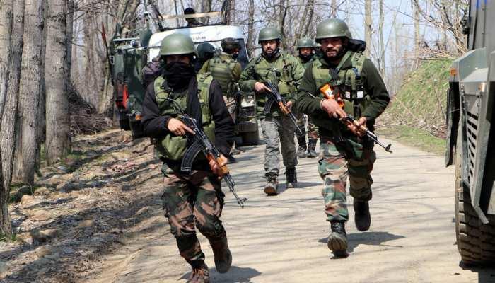 कुलगाम में आतंकियों और सुरक्षा बलों के बीच फिर मुठभेड़, 3 आतंकी ढेर