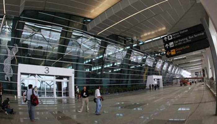 दिल्ली: एयरपोर्ट से लौटा दिया गया था दुबई से आया शव, हाई कोर्ट के दखल के बाद परिजन कर पाए अंतिम संस्कार