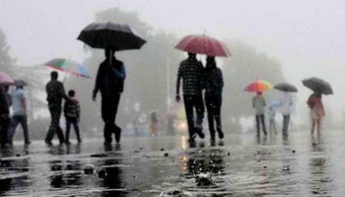 उत्तर प्रदेश के इन जिलों में बदला मौसम का मिजाज, कहीं बारिश तो कहीं गिरे ओले