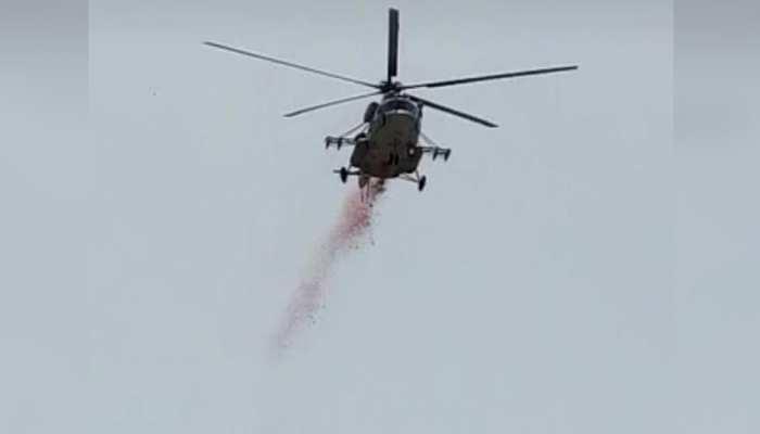 राजस्थान: IAF के हेलीकॉप्टरों ने कोरोना योद्धाओं को दी सलामी, किया कुछ ऐसा...