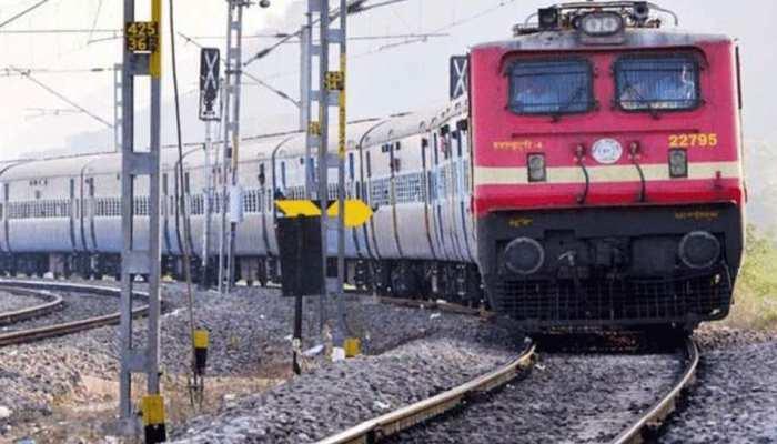 स्पेशल ट्रेन कर लौट रहे मजदूरों को देना होगा यात्रा किराया, कराना होगा रजिस्ट्रेशन