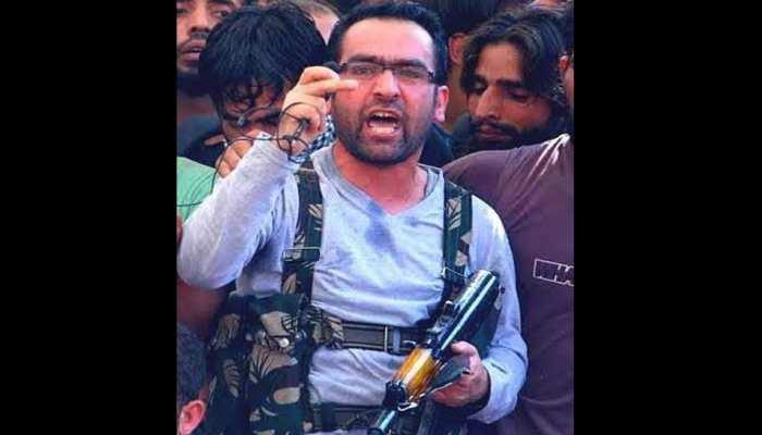 जम्मू-कश्मीर में बड़ी कामयाबी: मारा गया हिज्बुल कमांडर रियाज नायकू, 12 लाख का था इनाम