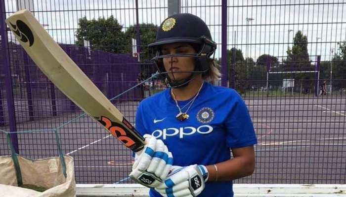 इस भारतीय महिला क्रिकेटर ने भतीजियों के साथ किया डांस, देखिए वायरल वीडियो