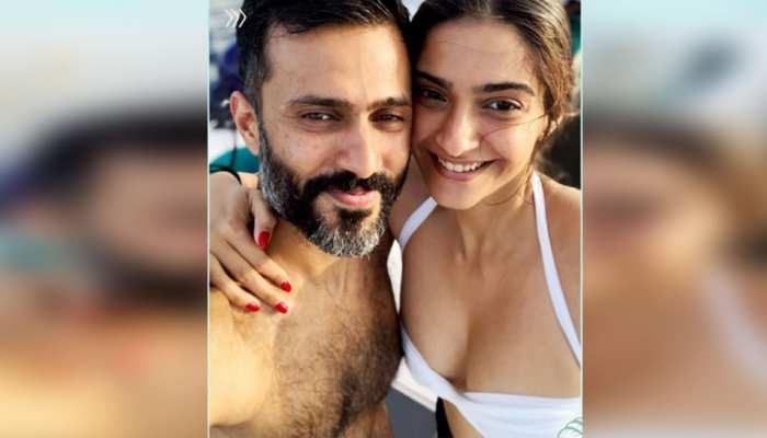 Sonam Kapoor 10 romantic photos on their second wedding anniversary