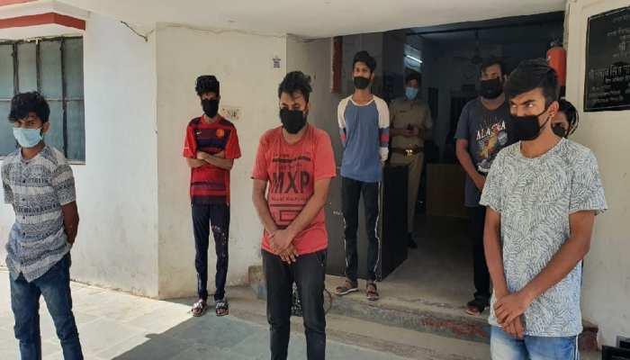 नोएडा में फर्जी कॉलसेंटर के जरिए धोखाधड़ी करने वाले गिरोह का भंडाफोड़, 7 लोग गिरफ्तार