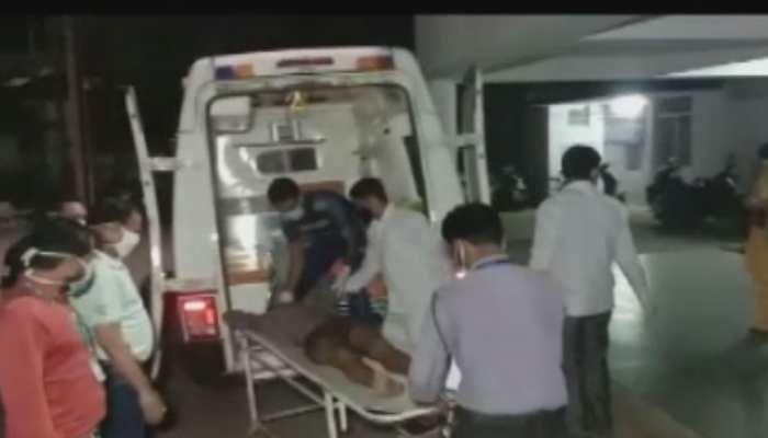 हैदराबाद से उत्तर प्रदेश लौट रहे 5 मजदूरों की सड़क हादसे में मौत, 11 घायल