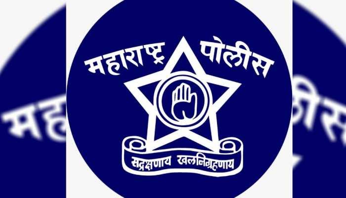 महाराष्ट्र पुलिस के सम्मान में इन सेलेब्स ने बदली Display Profile पिक्चर!