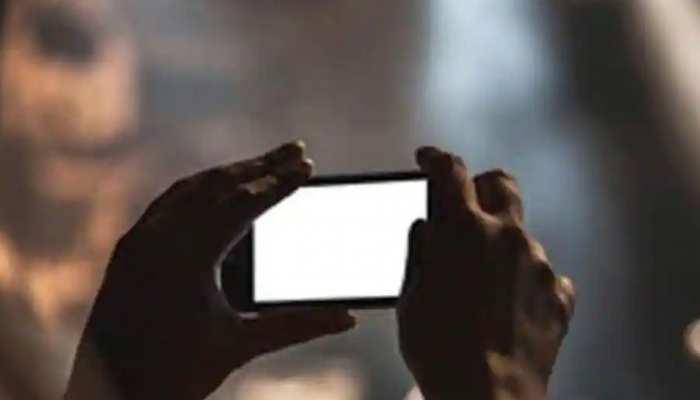 महिला मेजर को मिली वीडियो बनवाने की सजा, सेना से किया गया बर्खास्त