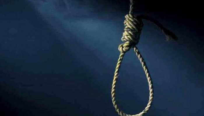 धौलपुर:  फंदे से लटका मिला महिला का शव, परिजनों ने लगाया हत्या का आरोप