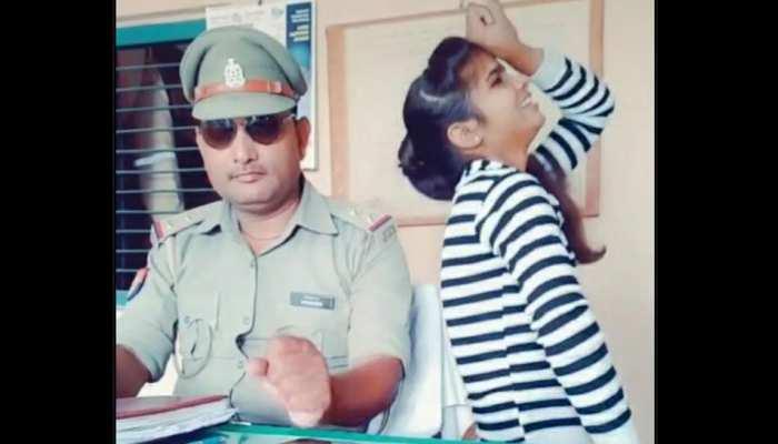 सपना चौधरी के गाने पर पुलिस चौकी के अंदर थिरकी Tik Tok गर्ल, वीडियो हुआ वायरल
