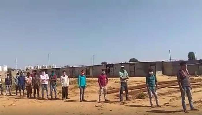 चेन्नई से 3 बसों से 74 प्रवासी पहुंचे चूरू, जांच के बाद भेजे गए क्वारेंटाइन सेंटर