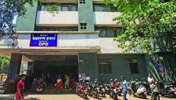 महाराष्ट्र: शवों के बीच मरीजों के इलाज के वायरल वीडियो के बाद अब सपोर्ट में दूसरा वीडियो