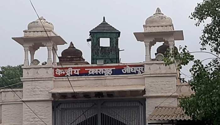 कोरेना संकट के बीच भी जोधपुर जेल में कैदियों को मिल रहा रोजगार, बना रहे कपड़े के मास्क