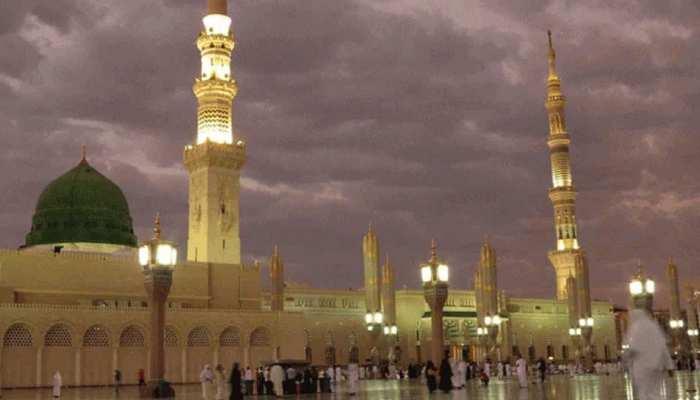 Eid-ul-Fitr 2020: नजर आया चांद, देशभर में आज मनाई जाएगी ईद