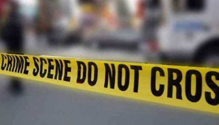 बिहार: मुंगेर में लोगों ने चोरी करते अपराधी को पकड़ा, पुलिस को दी सूचना