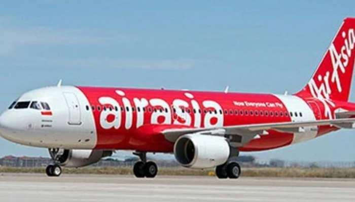 एयर एशिया के विमान ने हैदराबाद में की इमरजेंसी लैंडिंग
