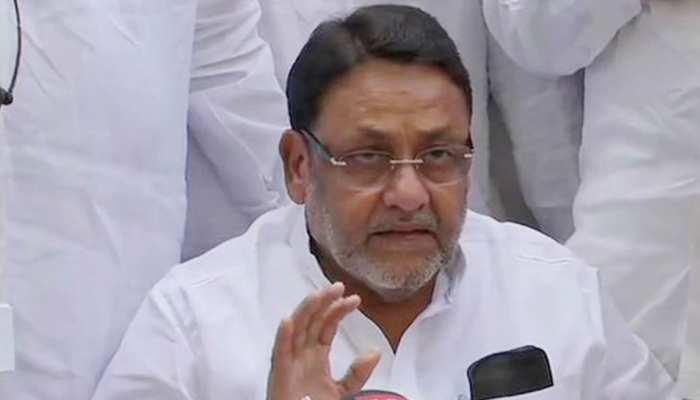 महाराष्ट्र सरकार के 6 महीने हुए पूरे, NCP मंत्री नवाब मलिक बोले पूरे 5 साल चलेगा गठबंधन