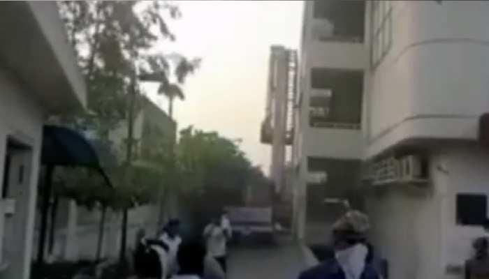 जयपुर: ARG ग्रुप की बिल्डिंग की लिफ्ट में लगी आग,बड़ा हादसा टला