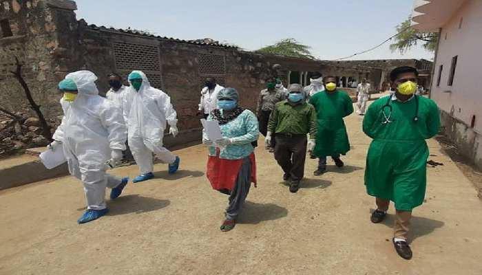 46 डिग्री में भी PPE किट पहनकर कोरोना योद्धा कर रहे हैं सेवा, नहीं छोड़ रहे फर्ज