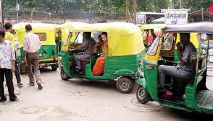 राजधानी लखनऊ की सड़कों पर उतरे ऑटो और टेम्पो, लेकिन इन नियमों का पालन जरूरी
