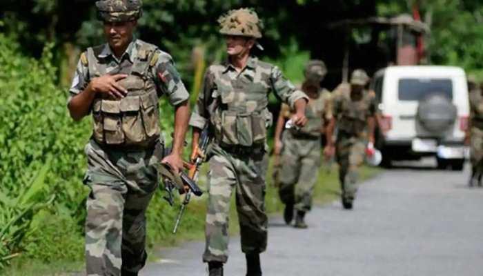 जम्मू-कश्मीर के कुलगाम में पुलिस पार्टी पर आतंकी हमला, इलाके में हाई अलर्ट