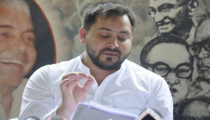 नीतीश ने बिहार के लोगों को मुसीबत की घड़ी में छोड़ दिया: तेजस्वी यादव