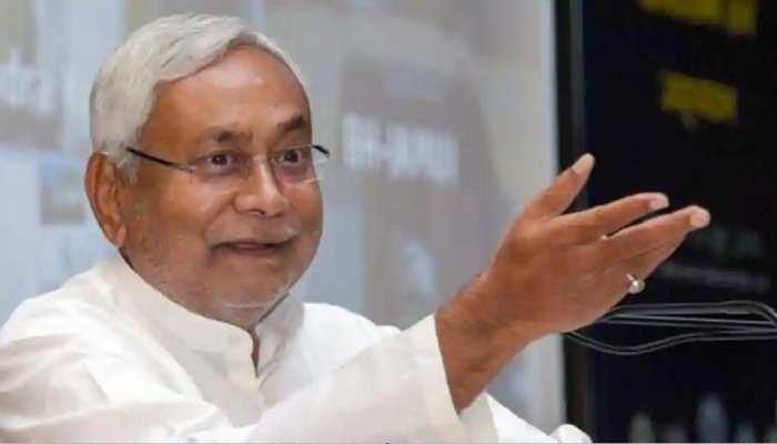 आनेवाली पीढ़ियों की रक्षा के लिए हम पर्यावरण की रक्षा करें: नीतीश कुमार