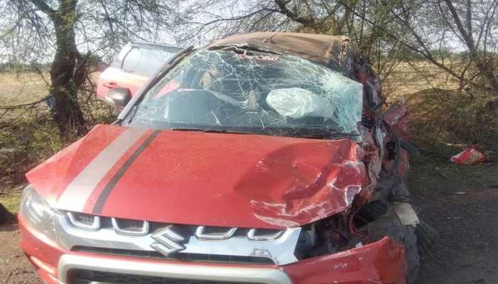 मध्य प्रदेश: कार और तेल टेंकर में ज़बरदस्त टक्कर, कार में सवार तीनों लोगों की मौत