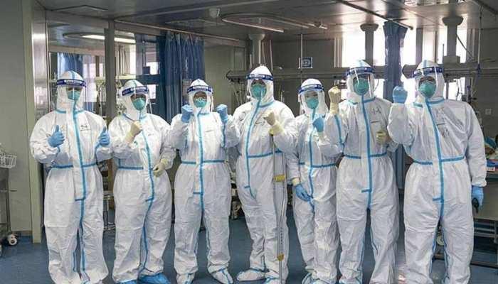 बाजार की मांग को देखते हुए बन रहे डिजाइनर PPE सूट, बेरोजगारी से बचे 200 कर्मचारी