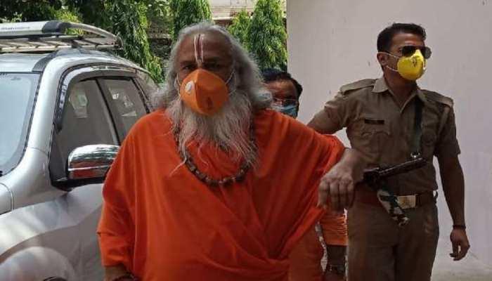 बाबरी विध्वंस केस: स्पेशल कोर्ट में पहुंचे राम विलास वेदांती, बयान में कहा- हां हमने खंडहर गिराया